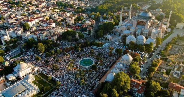 Temmuz ayında en çok Ayasofya'nın yeniden Cami olması konuşuldu