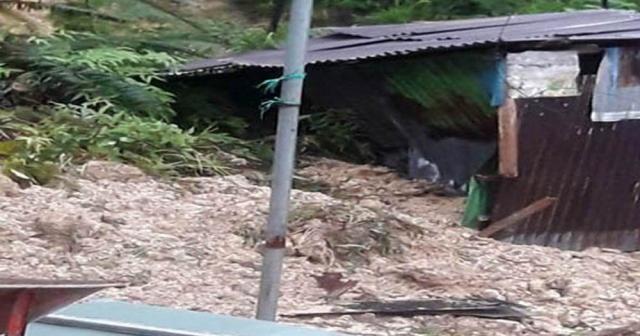 Endonezya'da heyelan faciası: 14 ölü
