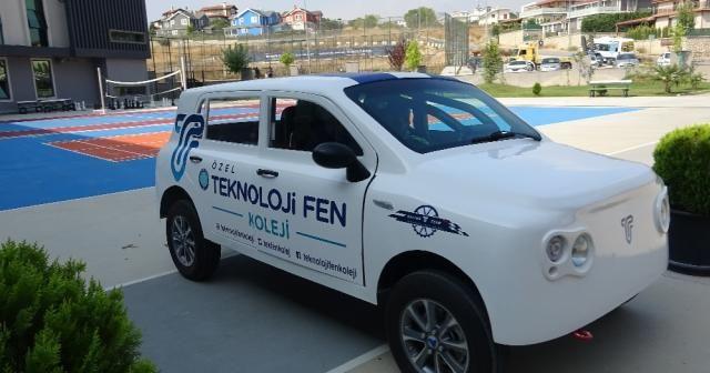 Türkiye'nin yerli otomobili öğrencilere ışık tuttu