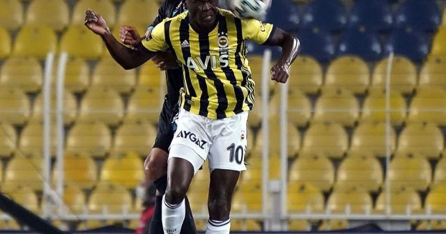 Süper Lig: Fenerbahçe: 0 - Trabzonspor: 1 (İlk yarı)
