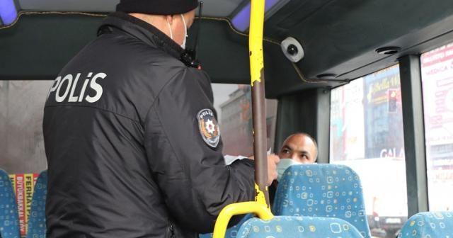 Sultanbeyli'de hafta sonu kısıtlamasına uymayan kişilere 127 bin lira ceza