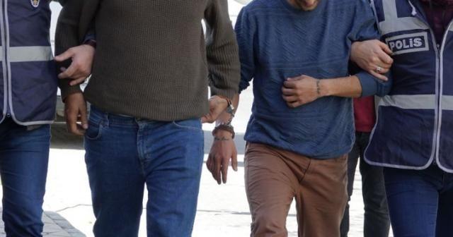 FETÖ'ye yardım eden 2 şahsa 2 yıl 1'er ay hapis cezası