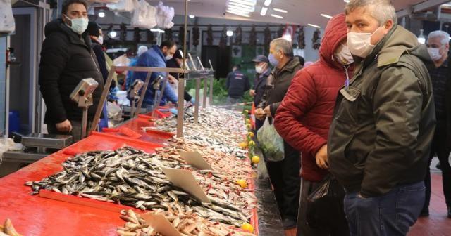 Hamsi avı yasağı fiyatları 40 liraya kadar çıkardı