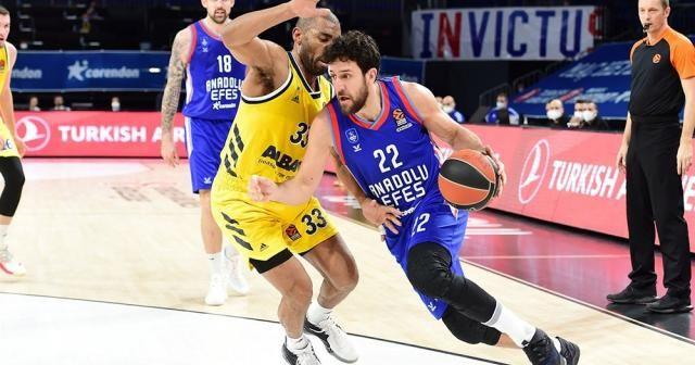 THY Euroleague: Anadolu Efes: 84 - ALBA Berlin: 76