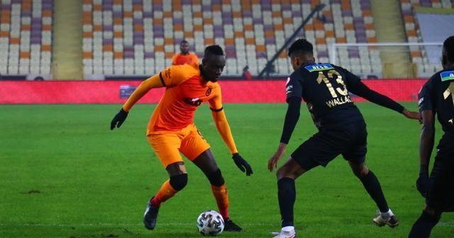 Ziraat Türkiye Kupası: Yeni Malatyaspor: 0 - Galatasaray: 0 (İlk yarı)