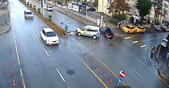 Trafik kazası kameralara böyle yansıdı