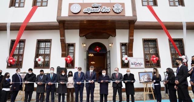 Bakan Selçuk, Masal Konağı'nın açılışını yaptı