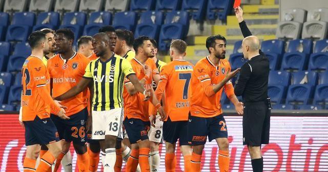 Mahmut Tekdemir, ligde 9 yıl sonra kırmızı kart gördü