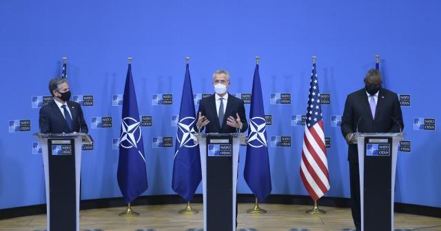 """NATO Genel Sekreteri Stoltenberg: """"Bugün alınan kararla NATO Afganistan'dan çıkacaktır"""""""