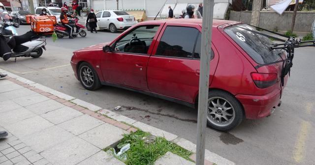Pendik'te önünü kestikleri otomobile kurşun yağdırdılar: 1 yaralı