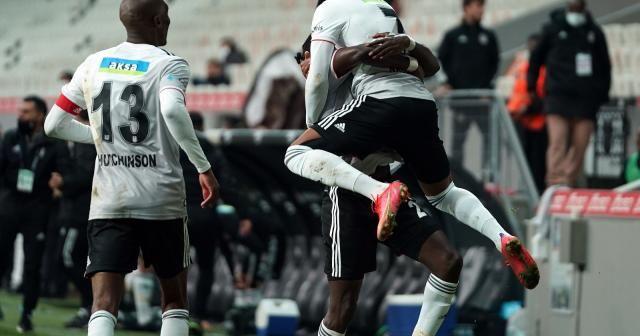 Süper Lig: Beşiktaş: 3 - Aytemiz Alanyaspor: 0 (Maç sonucu)