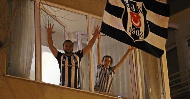 Antalya'da şampiyonluk sevinci kısıtlama dinlemedi