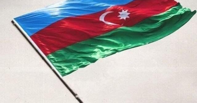 Azerbaycan Dışişleri Bakanı Bayramov, Fransa Dışişleri Bakanı Le Drian ile görüştü
