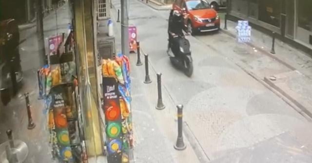 Pompalıyla genci öldüren kebapçının dükkanına silahlı saldırı kamerada