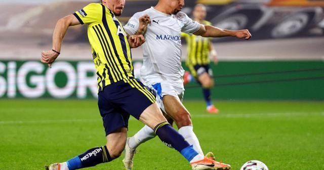 Süper Lig: Fenerbahçe: 3 - BB Erzurumspor: 0 (İlk yarı)