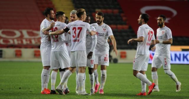 Süper Lig: Gaziantep FK: 0 - Sivasspor: 1 (İlk yarı)