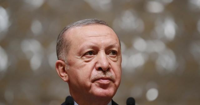 Cumhurbaşkanı Erdoğan'dan A Milli Erkek Voleybol Takımına tebrik