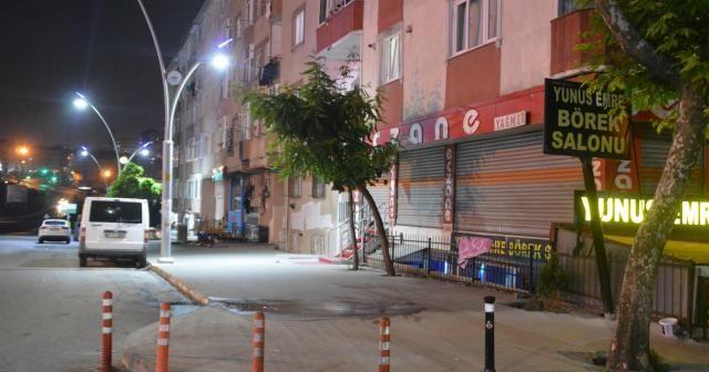Sultangazi'de alacak-verecek kavgası kanlı bitti: 1 ölü, 1 yaralı