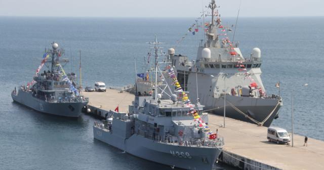 NATO gemileri Sinop'ta