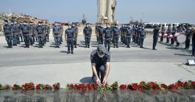 Beyrut'ta patlamanın yıl dönümünde hayatını kaybeden 218 kişi anıldı