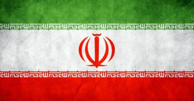 İran'ın yeni Cumhurbaşkanı Reisi mazbatasını aldı