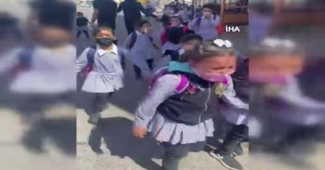 İsrail güçleri okula göz yaşartıcı gaz attı: Öğrenciler panikle kaçtı