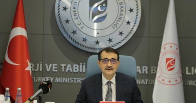 """Bakan Dönmez: """"Elektrik ve doğal gaz faturalarının yarısını devlet karşılıyor"""""""