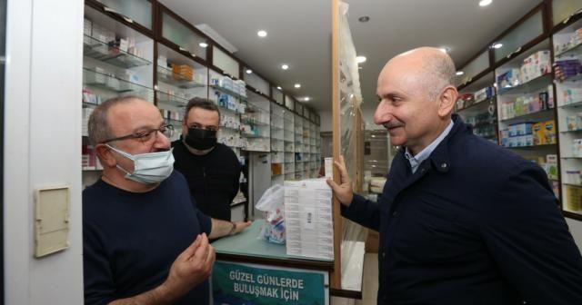 Bakan Karaismailoğlu, Türkeli'de esnaf ve vatandaşlarla bir araya geldi