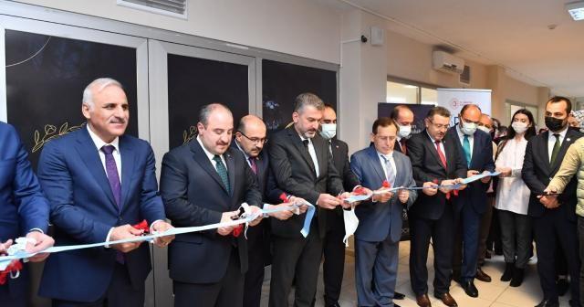 Bakan Varank Trabzon'da Kuyumculuk Tasarım Merkezi'ni hizmete açtı