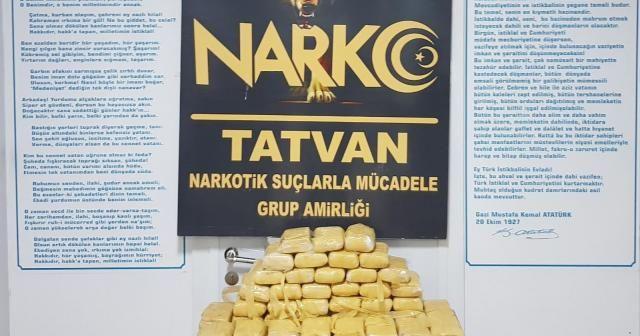 Bitlis'te 34 kilo eroin ele geçirildi