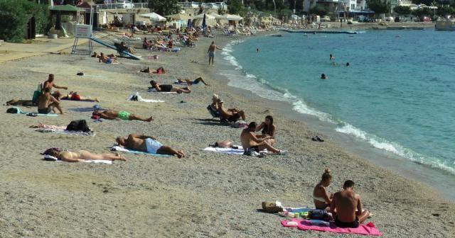 Ekim ayında deniz keyfi; sahiller yeniden doldu