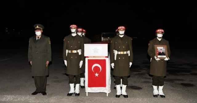 Hakkari'de Şehit Piyade Uzman Çavuş Çalışkan için tören düzenledi