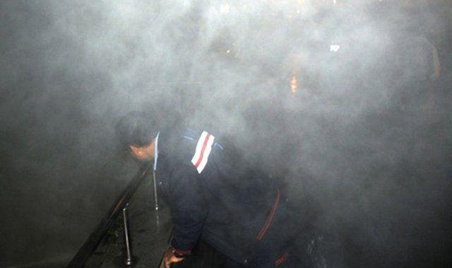 Bağcılar'da tehlikeli yangın: 10 kişi dumandan etkilendi