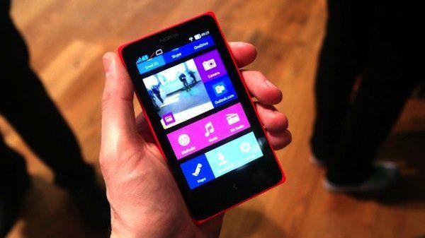 Nokia'nın beklenen telefonu geldi, Lumia 638 özellikleri ve fiyatı!