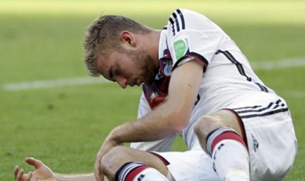 Almanya'ya finalde sakatlık darbesi!