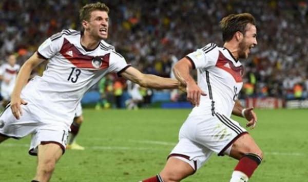 2014 Dünya Kupası Şampiyonu Almanya!