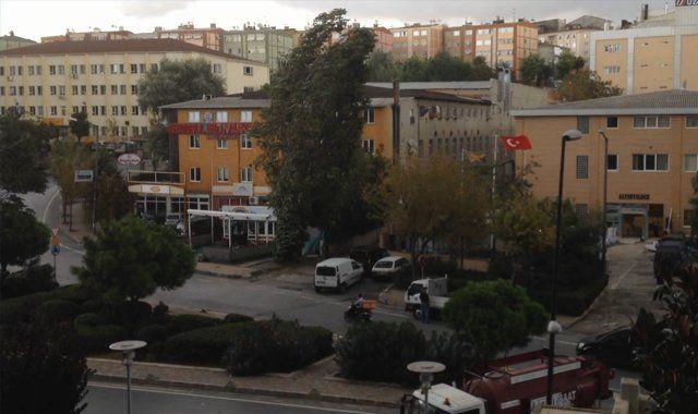 Beklenen fırtına İstanbul'a giriş yaptı