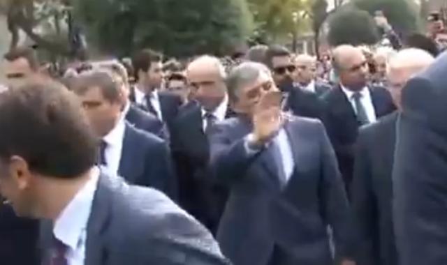Sultanahmet'te Abdullah Gül sevgi gösterileriyle karşılandı