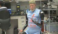 Robocop gerçek oldu: Beynin yönettiği protez!