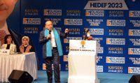 Akdoğan'ın sözleri salondakileri coşturdu