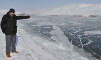 Murat Nehri buz tuttu