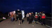 Aydın'da devrilen otobüsteki yolcular ucuz kurtuldu