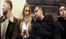 Kadın telefonuna bakan adama bakın ne yaptı!