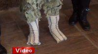 Yırtık çorapla Çanakkale ruhunu anlattı