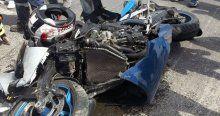 Motosiklet TIR'a böyle çarptı!