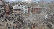 Nepal'de deprem felaketi böyle görüntülendi