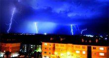 Edirne'de sağanak yağış teravih namazında bastırdı
