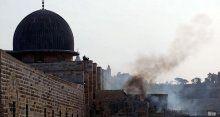 İsrail askerlerinden Mescid-i Aksa'ya çirkin saldırı