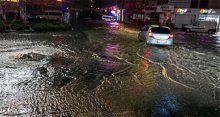 Şiddetli yağış Tekirdağ'ı etkisi altına aldı