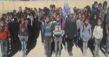 Türkmen öğretmenler bombaların altında çocuklara eğitim veriyor